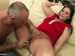 Older dude having fun nearby young pussy