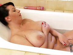 Brunette kora about massive tits receives a bath