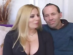 Plump wifey fulfills dream of black cock