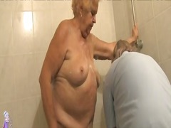 Mature bathing granny before getting fucked