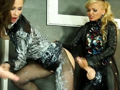 Jenna lovely and samantha b at gloryhole